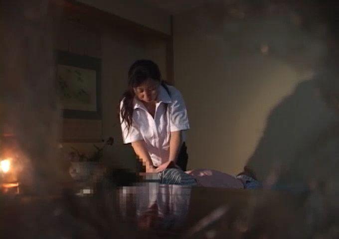 美少女JKがプールの更衣室でレイプされる